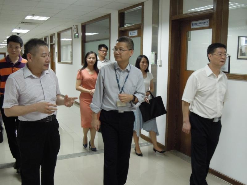 东莞市人大常委会副主任杨靖波到东莞标检调研