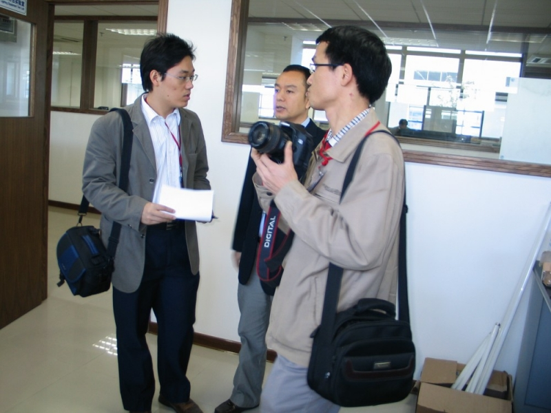 EP received journalists from Dalang Weekly